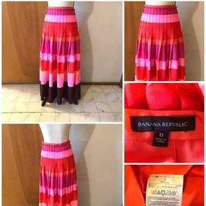 Bold Stripe Pleated Lined Maxi Skirt